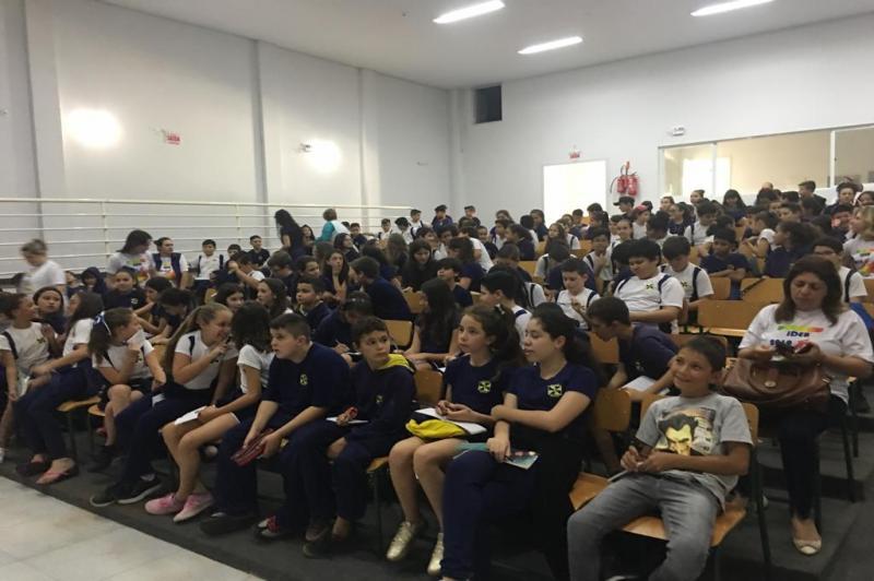 Alunos participam de aulões preparatórios para o Sistema de Avaliação da Educação Básica