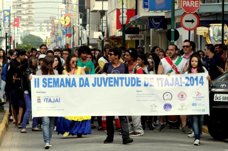Mil jovens participaram da II Semana da Juventude