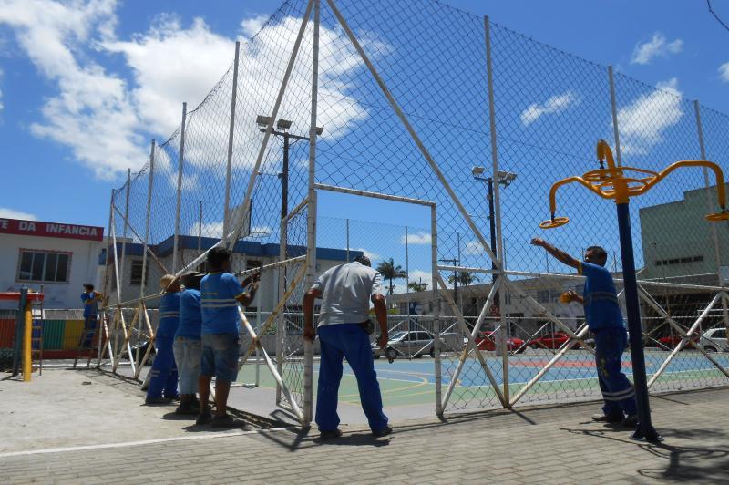 Pra�a 1� de Maio, na Vila Oper�ria, recebe melhorias