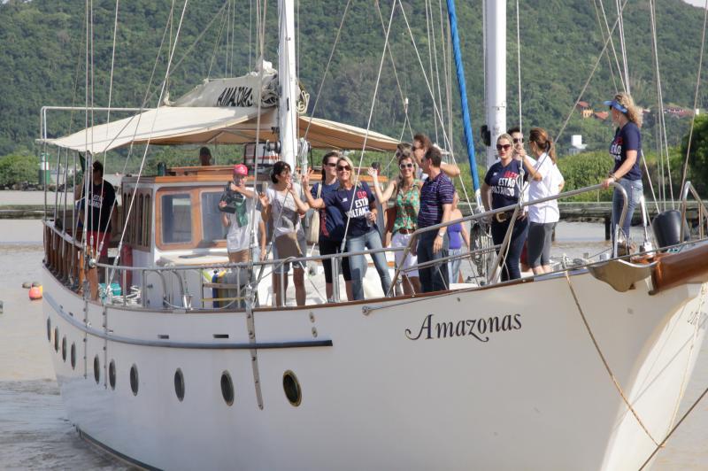 Itaja� Stopover: Professores da Rede Municipal navegam no veleiro Amazonas