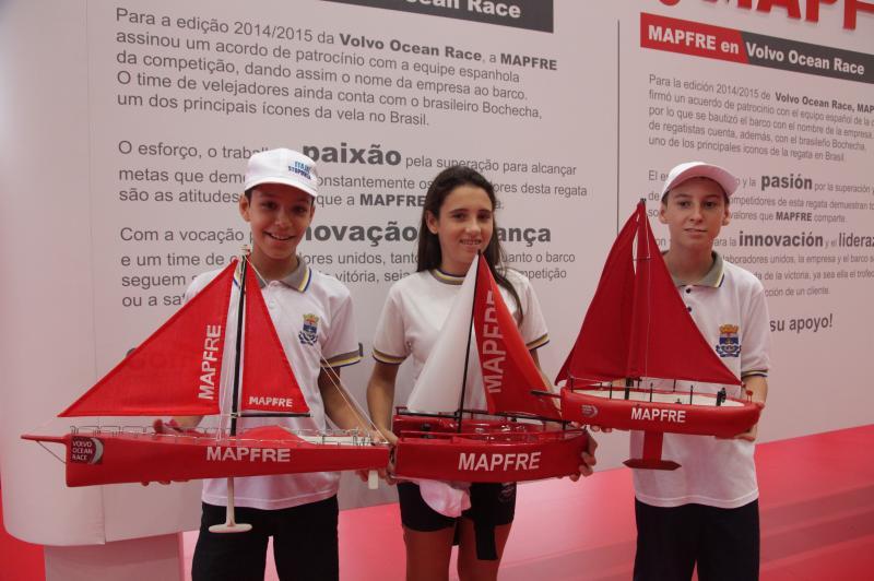 R�plicas de veleiros s�o produzidas por alunos da Rede Municipal