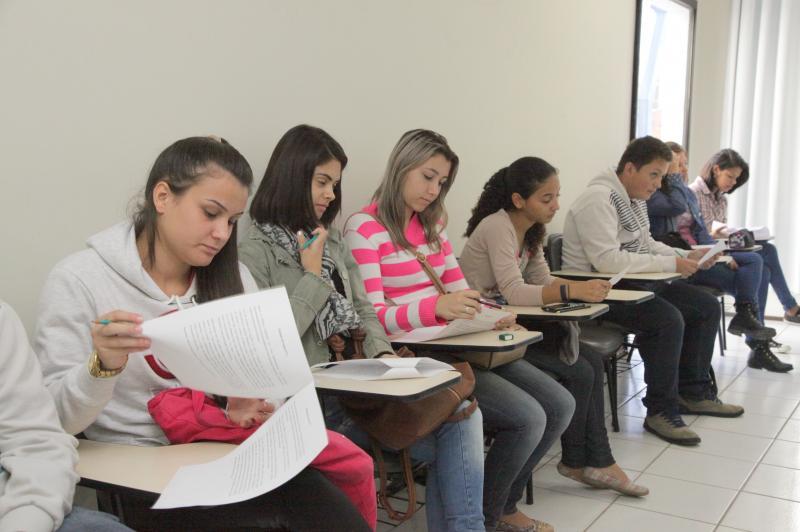 Especial Dia do Trabalho: Programa de Aprendizagem � op��o para primeiro emprego