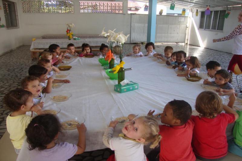 Centro de Educa��o Infantil desenvolve projeto sobre alimenta��o saud�vel
