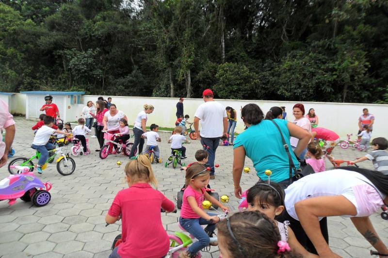 CEI Augusto Bento de Oliveira mobiliza pais em Festa da Fam�lia