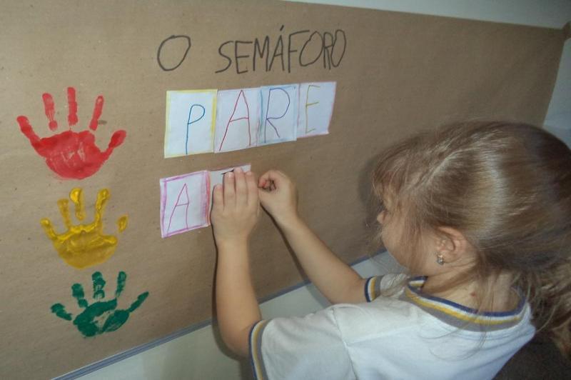 Escola B�sica Jos� Medeiros Vieira finaliza projeto de Educa��o para o Tr�nsito