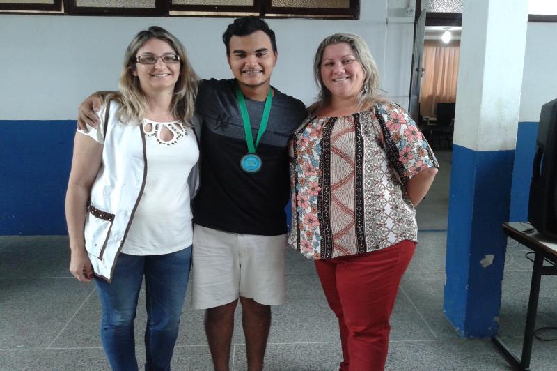 Escola Básica José Medeiros Vieira é premiada em concurso da Defensoria Pública da União