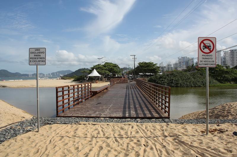 Passarela da Praia Brava será inaugurada nesta quinta