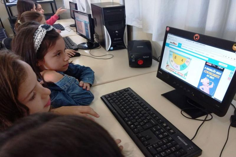 Unidade escolar recebe melhorias no Laboratório de Informática