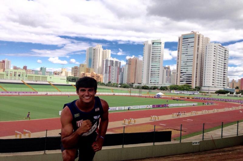 Atleta de Itajaí conquista bicampeonato no Brasileiro Universitário de Atletismo