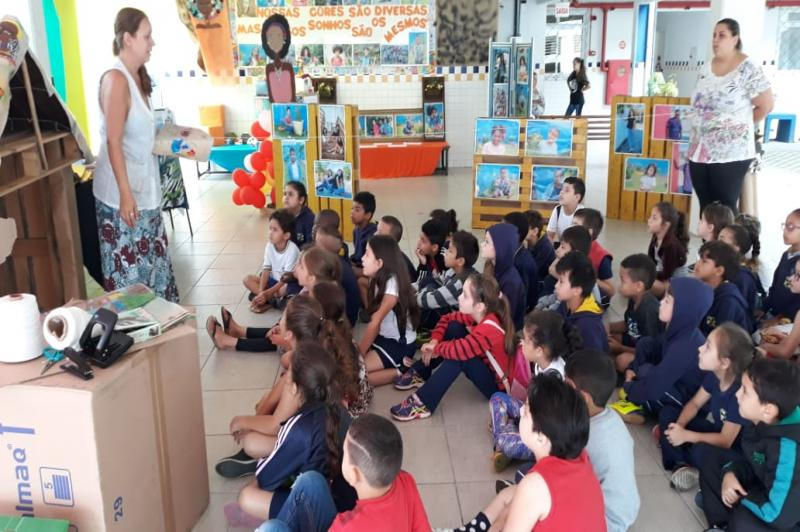 Projeto Melanina realiza mostra fotográfica no Centro de Educacional Pedro Rizzi