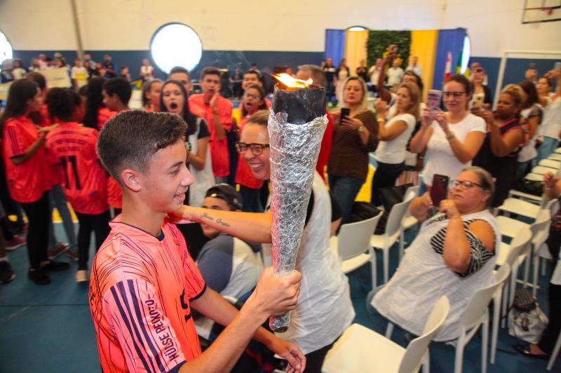 Abertura dos Jogos da Rede Municipal de Ensino de Itajaí reúne 500 alunos