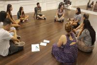 Porto Cênico encerra curso de teatro com montagem de espetáculo