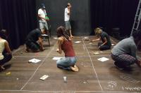 Arte nos bairros abre nova turma de teatro para adolescentes e adultos