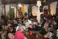 Chafariz do Mercado Público volta a funcionar após restauração