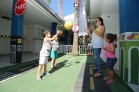 Plantão de férias da Secretaria de Educação diverte crianças e tranquiliza pais