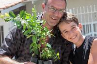 Instituto Itajaí Sustentável promove duas feiras de doação de mudas