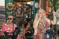 Baile da melhor idade agita o Carnaval no Mercado Público