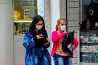 Instituto Itajaí Sustentável alerta para o descarte correto de máscaras