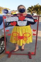 Professores de CEI do bairro Cordeiros promovem ação para o Dia do Amigo