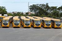 Município de Itajaí recebe dois ônibus para o transporte escolar