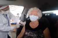 Drive-thru para segunda dose da vacina contra Covid-19 ocorre neste sábado (10)