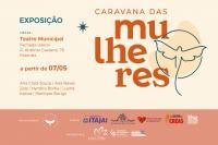Projeto realiza exposição sobre o universo feminino na parede do Teatro de Itajaí