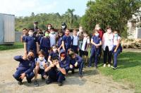 Alunos do projeto Minha Escola é o Bicho visitam o Canil Municipal
