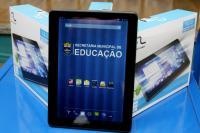 Rede Municipal de Ensino recebe 300 tablets