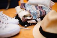 Oficina de customiza��o de roupa acontece no CRAS Itaipava