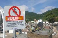 Saúde promove mutirão de combate à dengue no cemitério da Fazenda