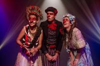 Confira os espetáculos da semana que agitam Itajaí