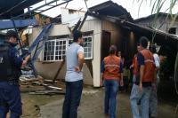 Defesa Civil atende comunidade atingida por temporal