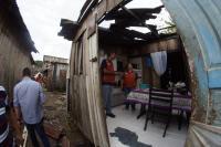 Defesa Civil presta auxílio à comunidade atingida por temporal