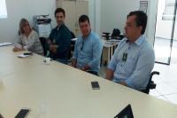 Comitiva de Jaraguá do Sul veio conhecer programa usado na Educação de Itajaí