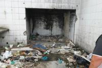Município faz limpeza emergencial contra dengue em posto de combustível abandonado