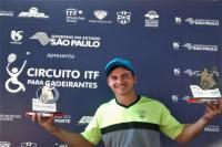Tênis de Itajaí conquista troféus no Grand Prix