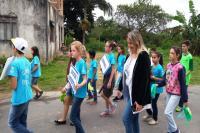 Escolas promovem desfiles cívicos pelas ruas dos bairros de Itajaí