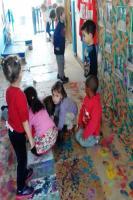 Obras de arte estão em exposição em escola municipal