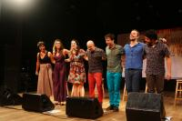 Grupo vocal Ordinarius encanta público no Teatro Municipal