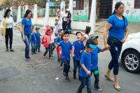 Escolas municipais promovem desfiles nos bairros