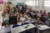 Professora da rede municipal representa Itajaí em conferência na Armênia