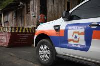 Defesa Civil interdita três locais devido ao risco de deslizamentos