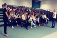 Profissionais da Educação participam de workshop sobre comunicação multifocal
