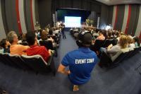 Velejadora, organizadores e patrocinadores da Volvo Ocean Race participam de seminário