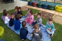 Crianças têm contato com a natureza