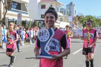Mais de quatro mil pessoas desfilam na avenida Beira-Rio