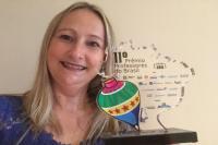 Educadora da rede municipal recebe Prêmio Professores do Brasil
