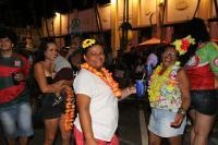 Foliões lotam Mercado Público na primeira noite de Carnaval